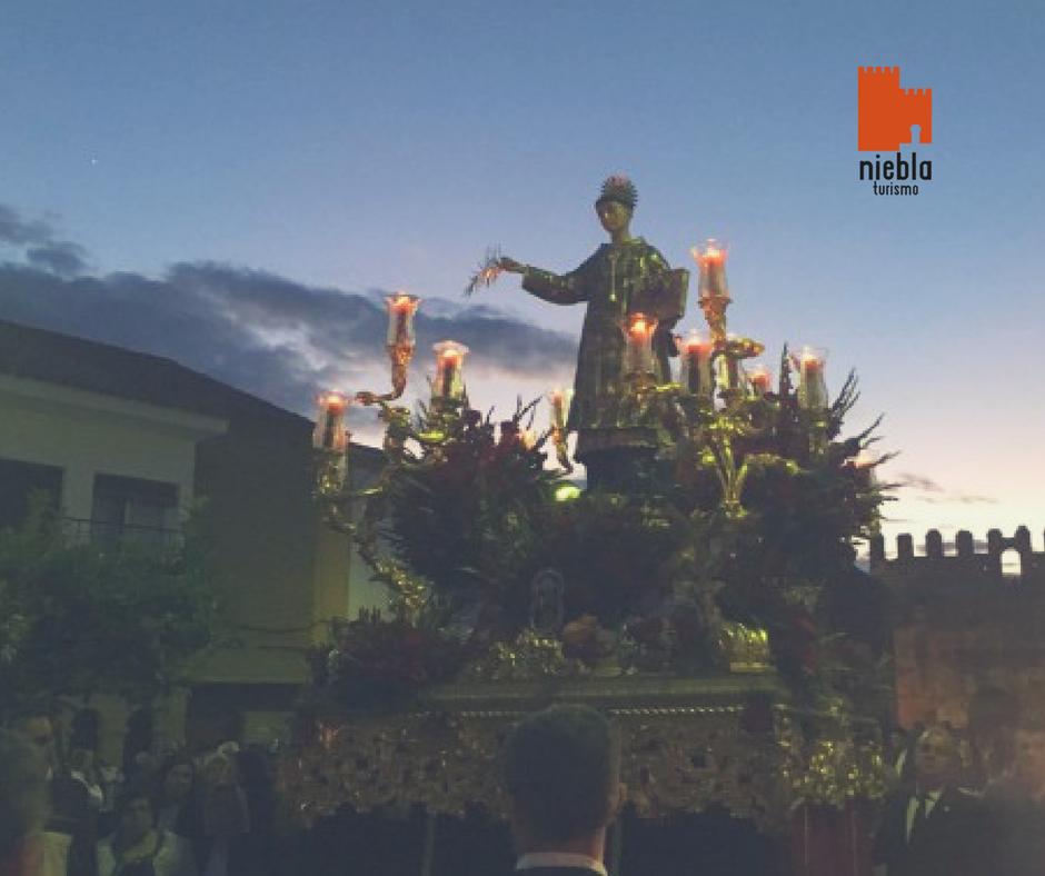 San Walabonso y María en Niebla